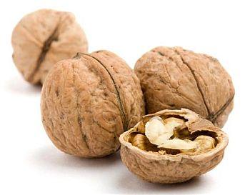 Орехите и рибата предпазват децата от алергии